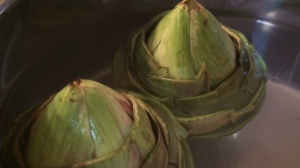 cooking artichokes