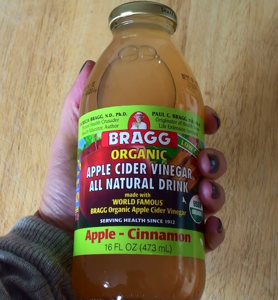 Bragg Apple Cider drink
