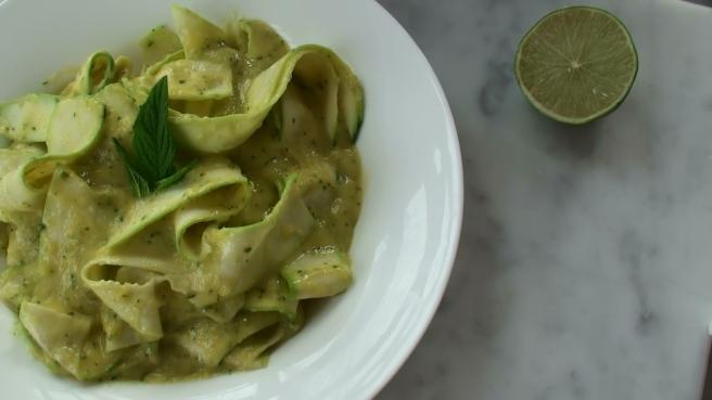 Raw pasta zuccini